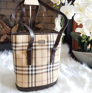 Burberry Novacheck bag...